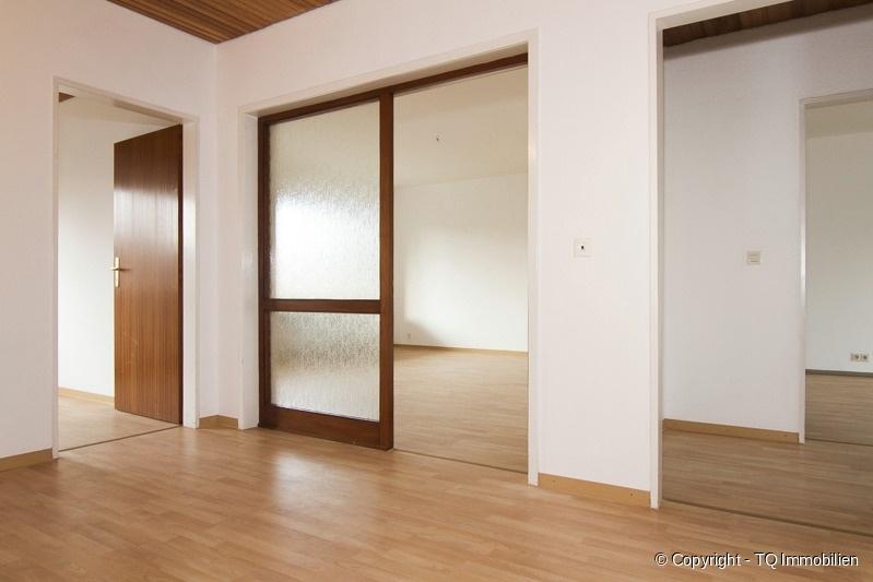 diele tq immobilien. Black Bedroom Furniture Sets. Home Design Ideas
